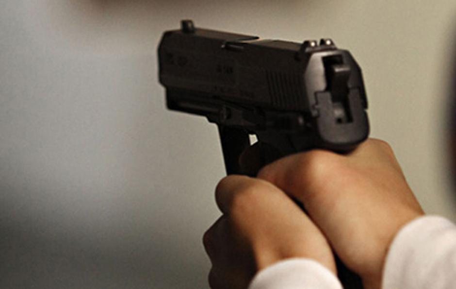 Resultado de imagen para asalto con pistola