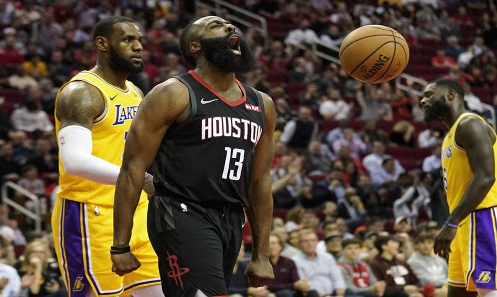 Harden logra triple doble en triunfo de Rockets sobre Lakers
